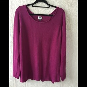 Old Navy plum colored top.